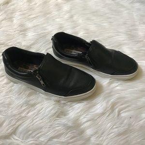 Steve Madden slip on sneakers (used)